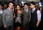 Ashley Tisdale & Jonas Brothers AMA 08